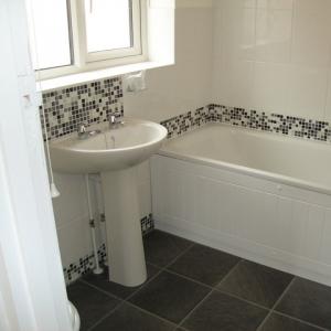 bathroomsq2